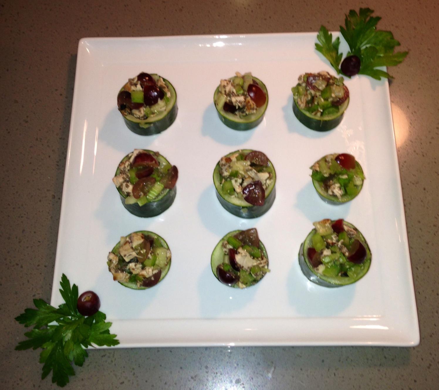 Cucumber_Chicken_Salad_boats
